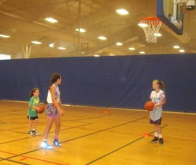 Girls Summer Bball Clinic 3