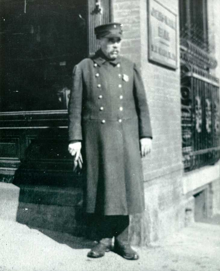 Unknown Saratoga Springs officer early 1900s